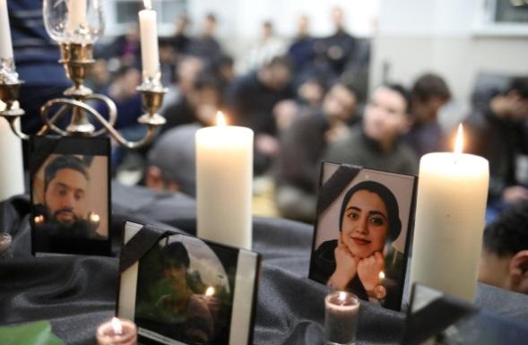 ایرانیان ساکن کانادا در سوگ جانباختگان سقوط هواپیما (+عکس)