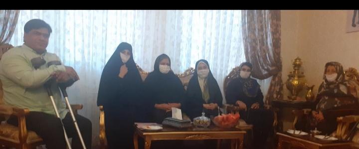دیدار مشاور زنان وامورخانواده جامعه معلولین استان ازخانواده دومعلوله  درشهرسهند