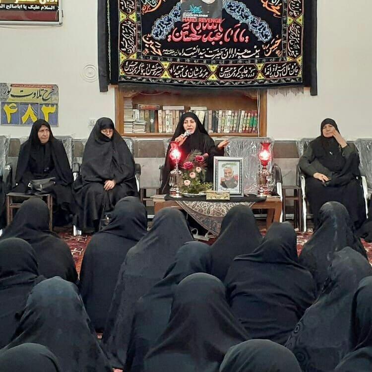 سخنرانی پرینازاسبلی مهاجرانی دبیر جامعه زینب استان به مناسبت شهادت سردار شهید سرورشهیدان مقاومت